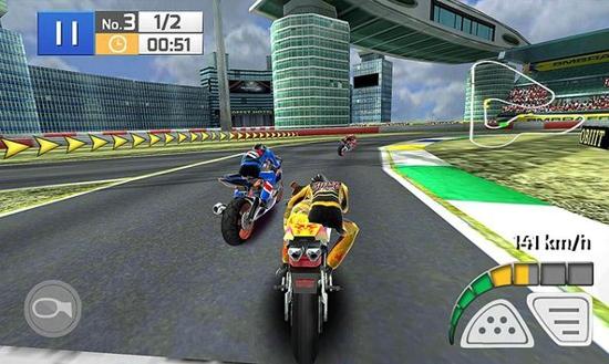 真实摩托赛车游戏